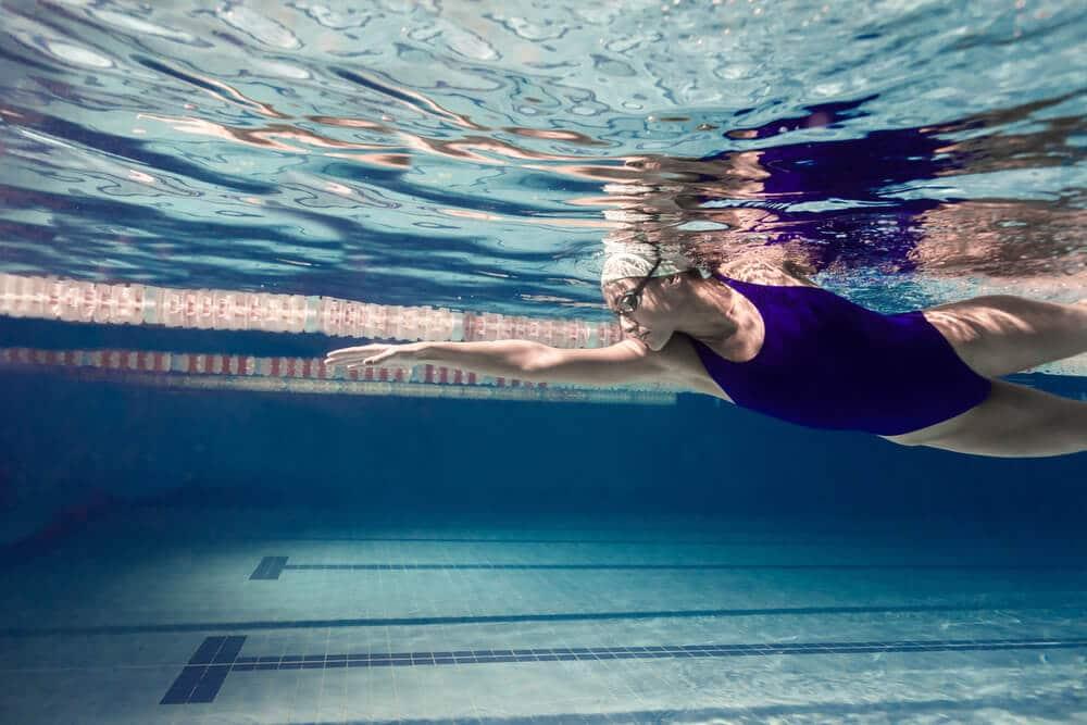 a summer workout like swimming