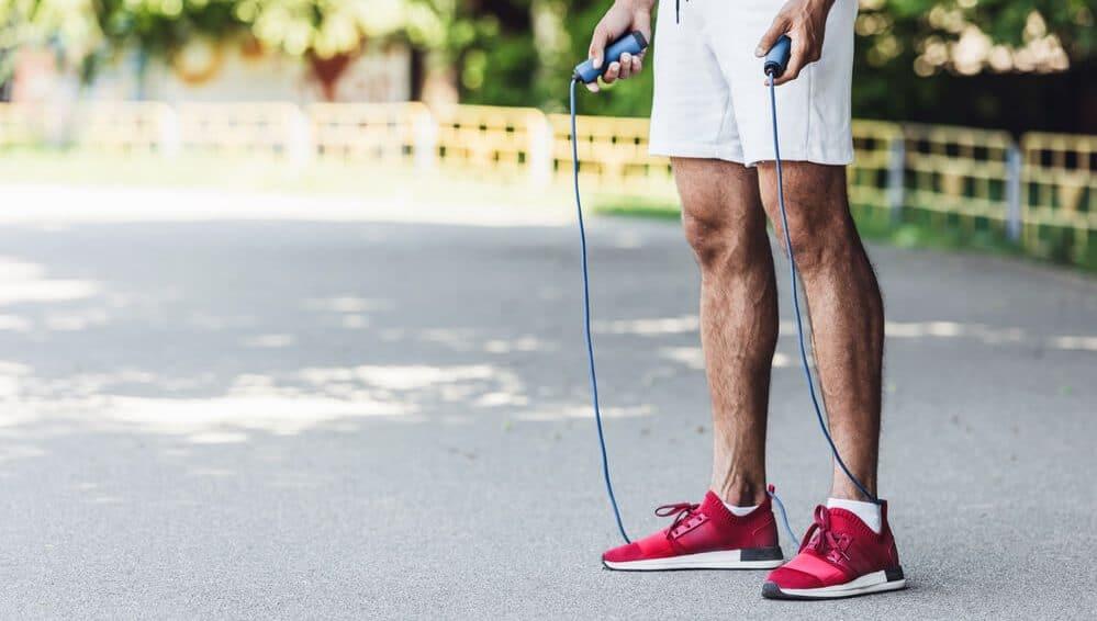 7 Healthy Benefits of Jumping Ropes at Home
