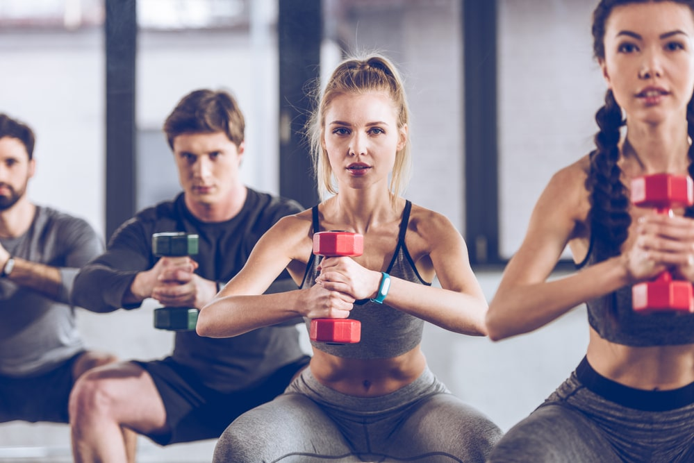Joining a Gym vs Working Out at Home: Which One is Better?