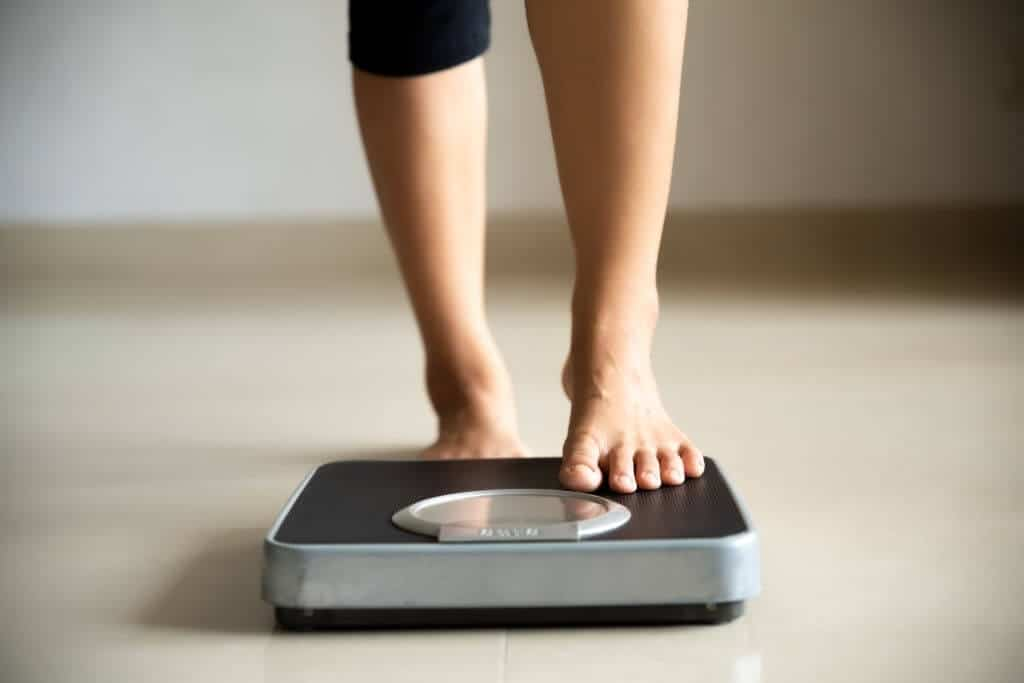 10 Easy Night Time Weight Loss Hacks You Can Try